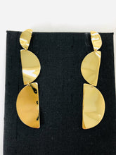 Load image into Gallery viewer, Ippolita Wavy Dangle Gold Earrings