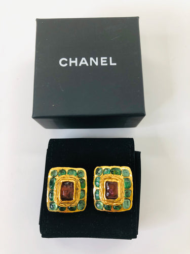 CHANEL Vintage Gripoix and Gold Plated Clip On Earrings