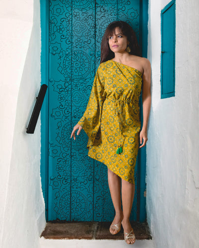 The Yellow Kaftan