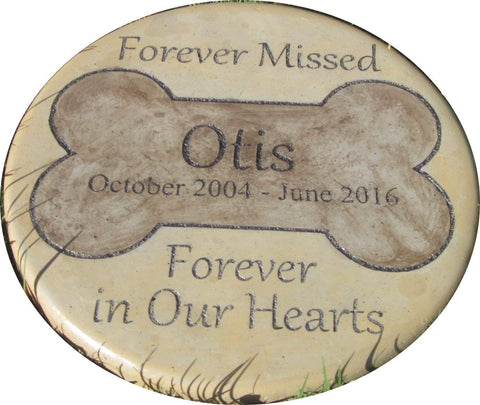 "Personalized Pet Memorial Step Stone 11""Diameter"" Forever Missed Forever in Our Hearts"
