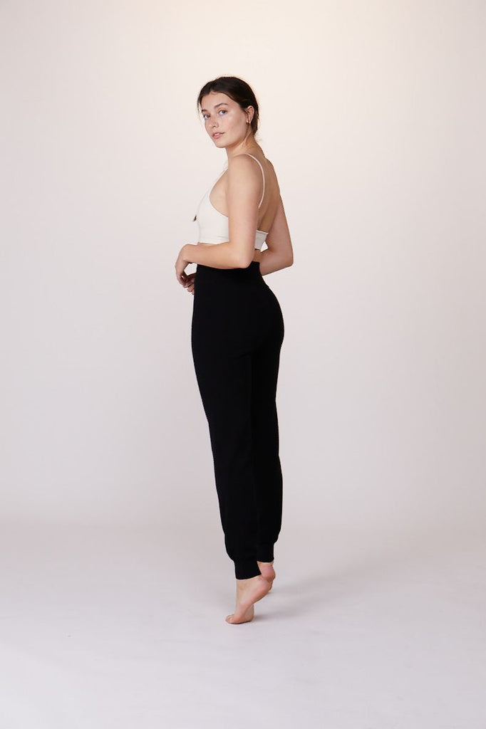 Knit High Waisted Pant