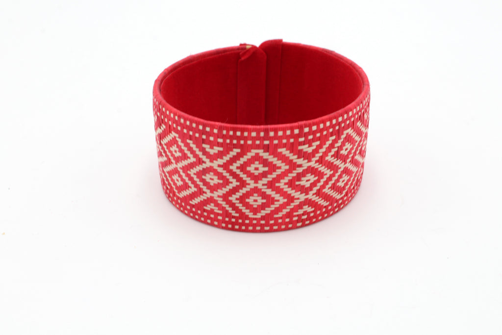 Red and White Diamond on Diamond - Medium Cuff Caña Flecha Bracelet