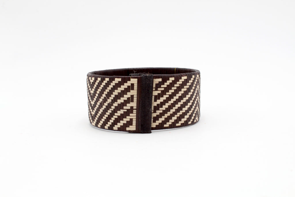 Black and White Chevron - Medium Cuff Caña Flecha Bracelet