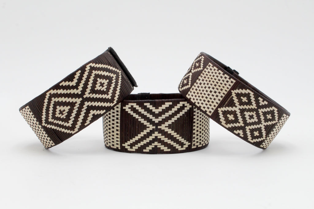 Black and White X's and O's - Medium Cuff Caña Flecha Bracelets (Set of Three)