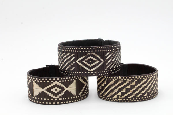Black and White Diamonds and Diagonals - Medium Cuff Caña Flecha Bracelets (Set of Three)