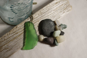 Beach Glass Necklace - Large Green Leaf