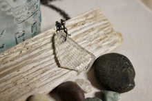 Load image into Gallery viewer, Beach Glass Necklace - Cross Hatched