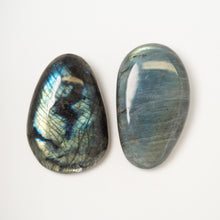 Load image into Gallery viewer, LABRADORITE EXTRA QUALITY