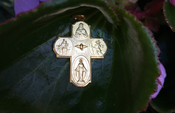 The meaning of the Four-Way Cross & Scapular Medal