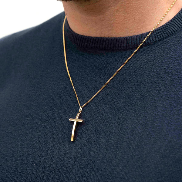 18k gold curved cross pendant