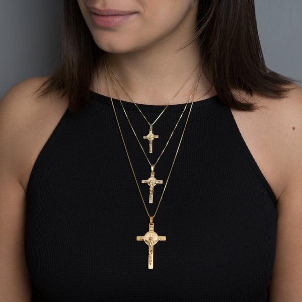 SAINT BENEDICT - CRUCIFIX PENDANT - YELLOW GOLD