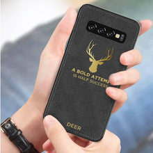 Load image into Gallery viewer, Galaxy S10 Luxury Gold Textured Deer Pattern Soft Case
