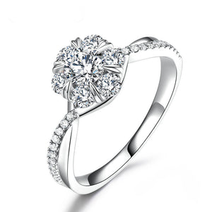 18K Round Moissanite Engagement Ring