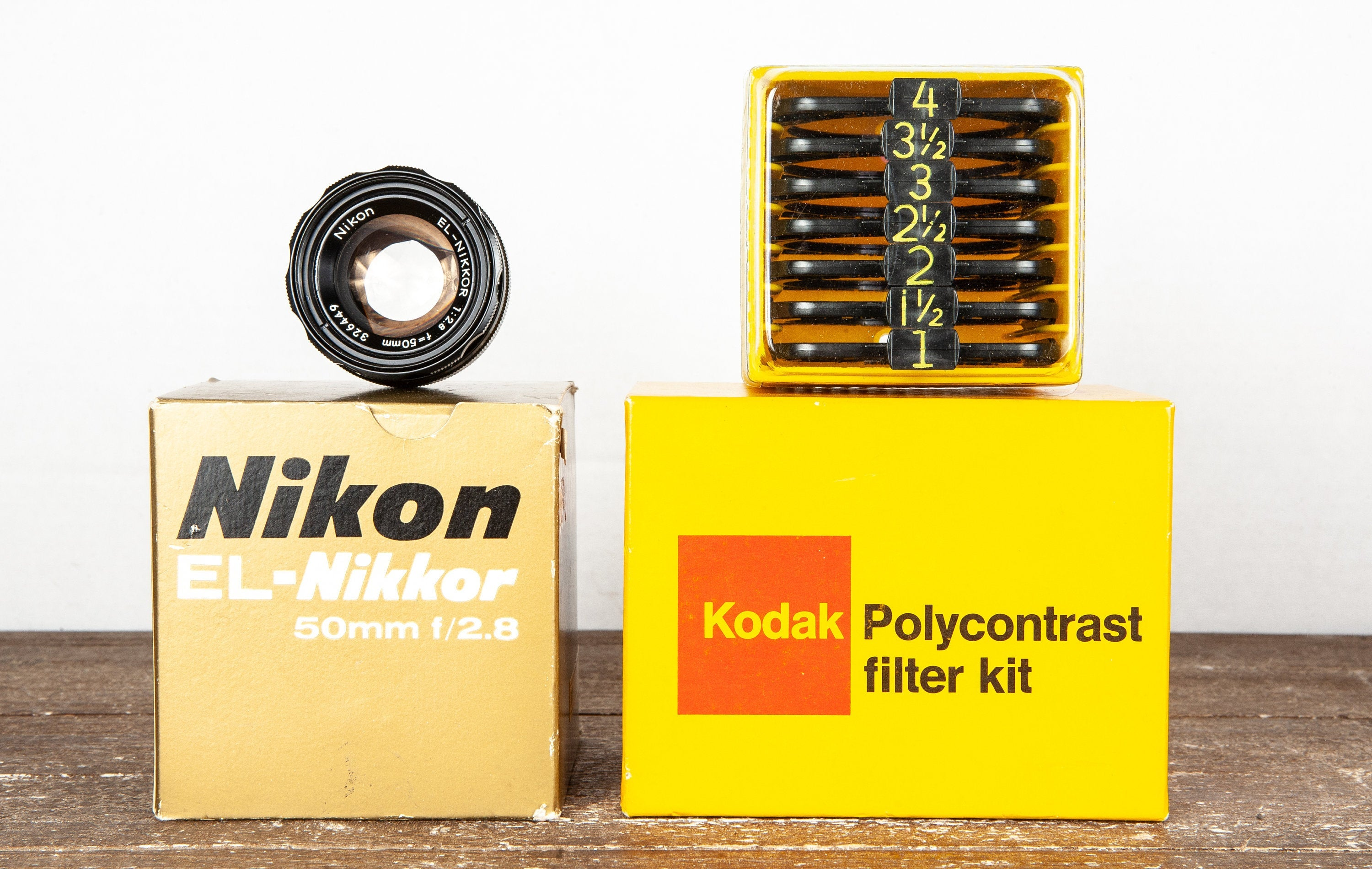 coolvintagecameras - Nikon EL-Nikkor 50mm f2.8 Enlarging Lens & Kodak Polycontrast Filter Kit Darkroom Equipment - CoolVintageCameras - Camera Accessories