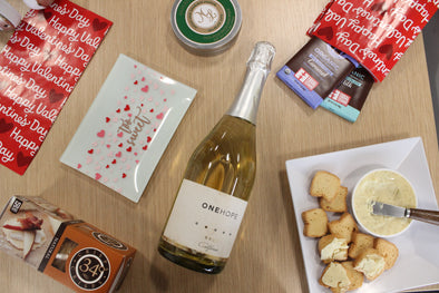 Valentine's Day 2019 | Cheese and ONEHOPE Wine Gift Box