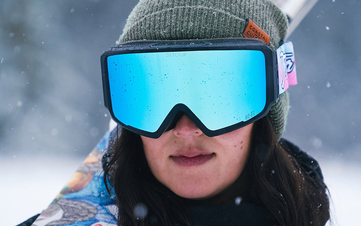 Axis Snow blue magnetic lens for snowboarding and skiing