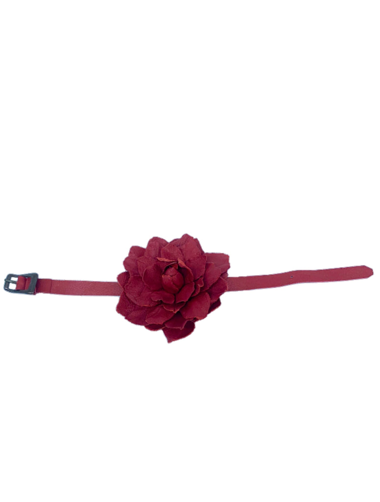Leather flower bracelet/ fashion jewelry/ Handmade bracelet