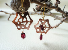 Load image into Gallery viewer, Spider Web Halloween Earrings With Garnet