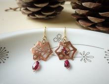 Load image into Gallery viewer, Spider Web Halloween Earrings With Garnet.