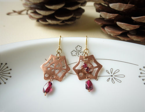 Spider Web Halloween Earrings With Garnet.