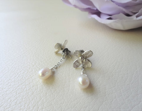 flower stud with chain earrings back