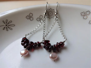 Triangle drop earrings with Garnet, Triangle chain earrings.