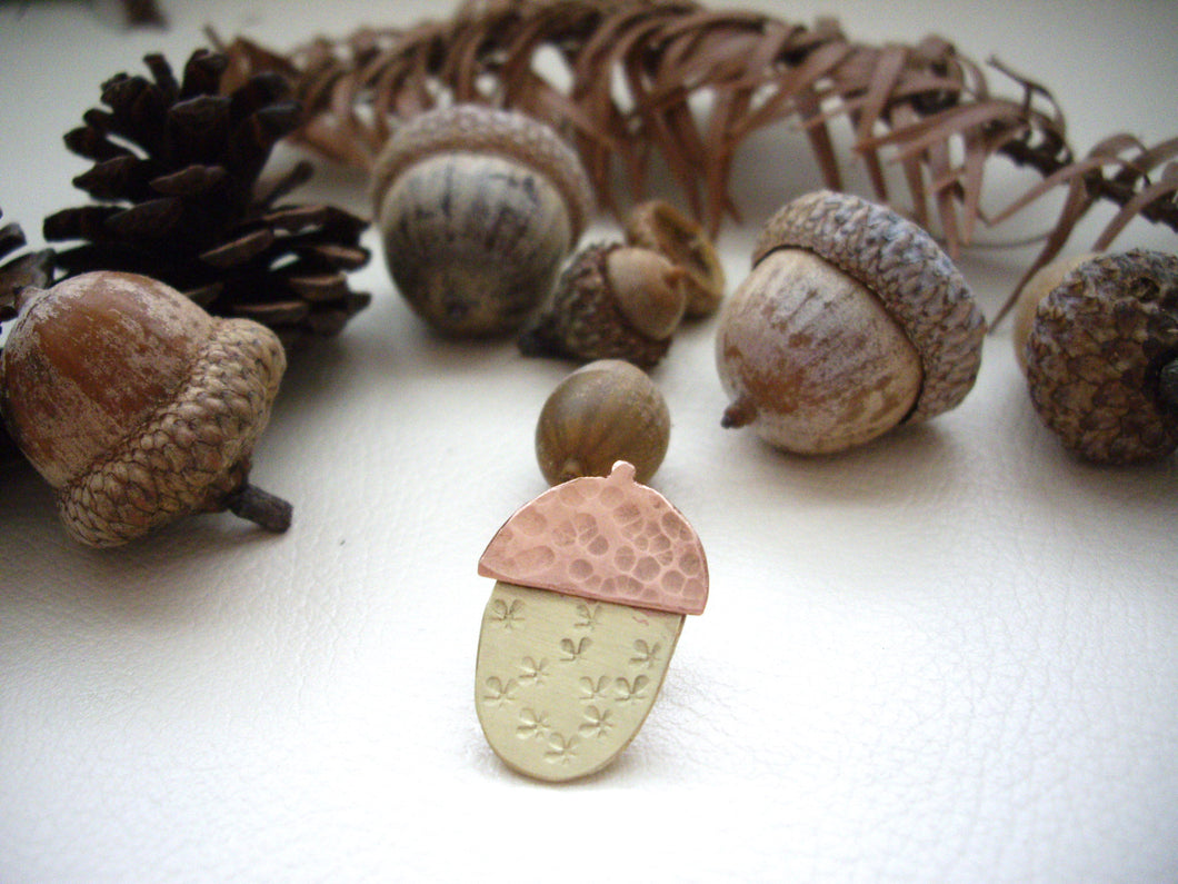 Acorn pin brooch, Woodland fall accessory, Hat, Shawl pin