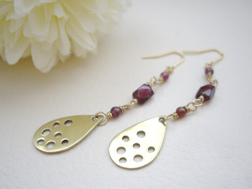 Garnet and Gold drop long earrings, Modern chic jewelry
