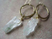 Load image into Gallery viewer, Green Quarts And Oval Loop Earrings, Boho-Chic Handmade Raw Stone Earrings.
