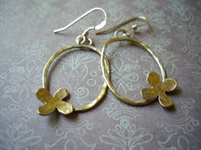 Load image into Gallery viewer, Gold Oval Loop Earrings with Flower, Modern Minimalist Jewelry