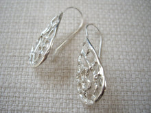 Load image into Gallery viewer, Teardrop Filigree Silver earrings, Floral Drop Earrings, Lacy Jewelry.