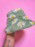 Green daisy hat