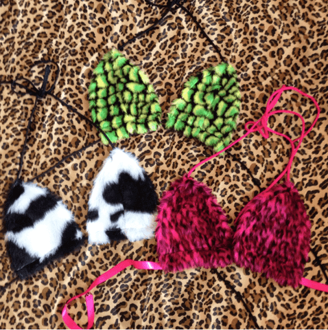90's fluffy bras  ( more print options)