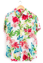 Load image into Gallery viewer, hawaiian print shirt