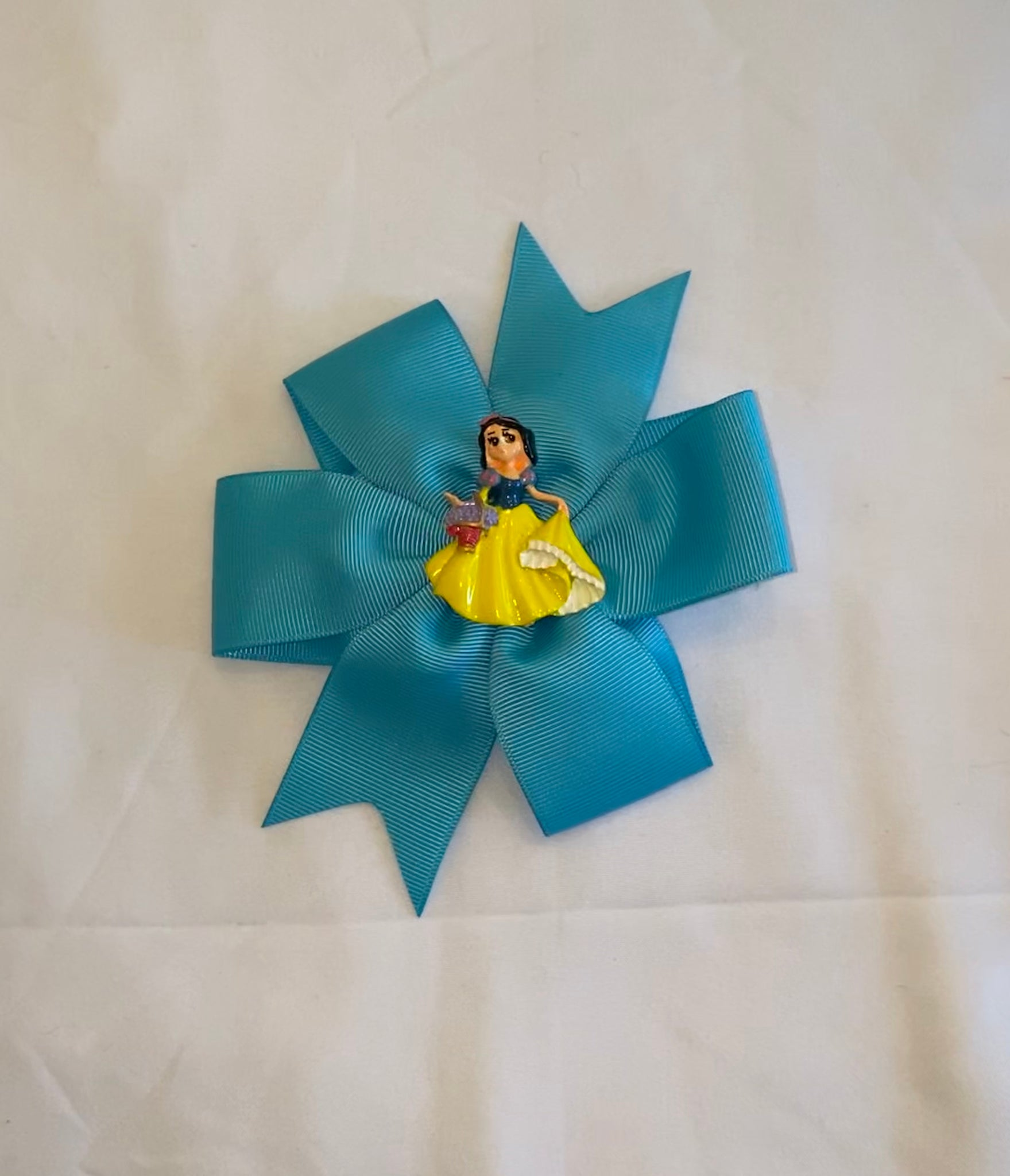 Hair Bows by Paulina - Snow White