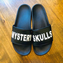 Load image into Gallery viewer, Mystery Skulls Slides - Black