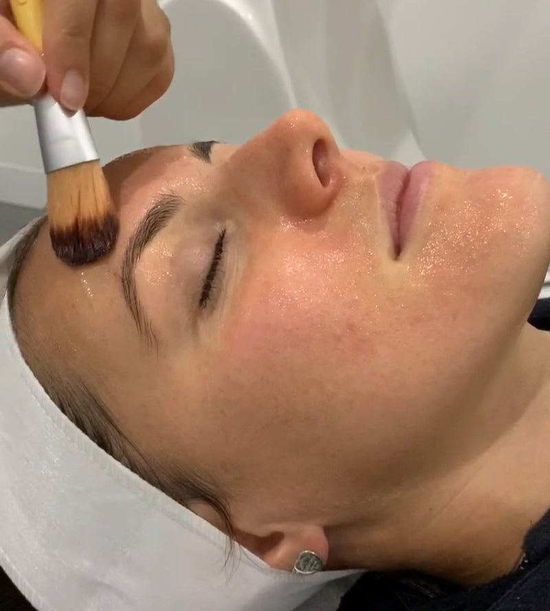 Lightening Lift Peel