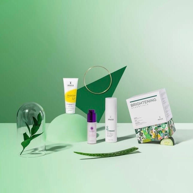 Image Brightening Essentials Christmas Gift Pack