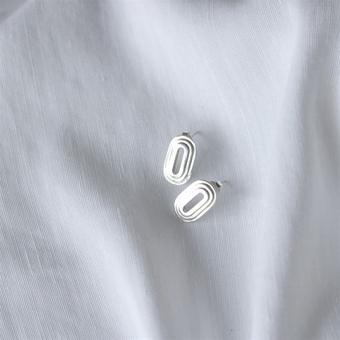 Oval Step Earrings