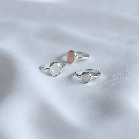 Small Talpe Moonstone Ring