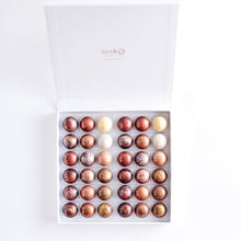 Load image into Gallery viewer, luxury chocolate gift box