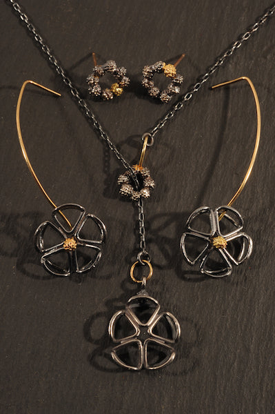 waxberry pinwheel earrings and necklace