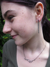 Load image into Gallery viewer, Waxberry Line Drop Earrings