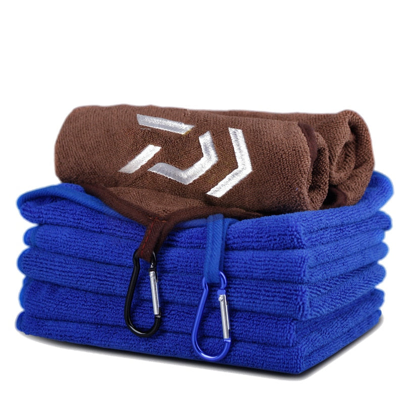 Daiwa Dropshipping Fishing Towel Thickening Non-stick Absorbent Outdoors Sports Wipe Hands Towel Fishing Accessories