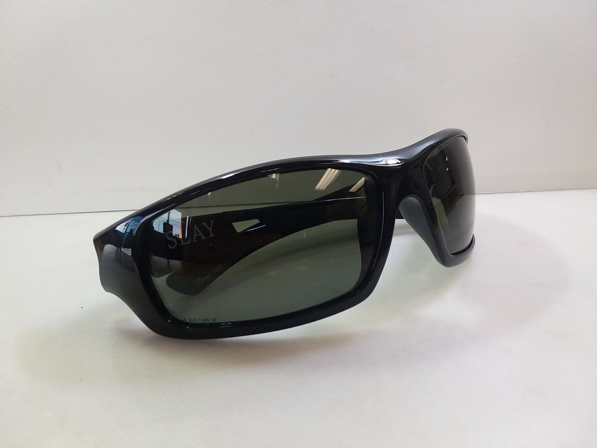 Wiley-X Safety Sunglasses / Color / Gloss Black / Style Slay / Eye Size 65