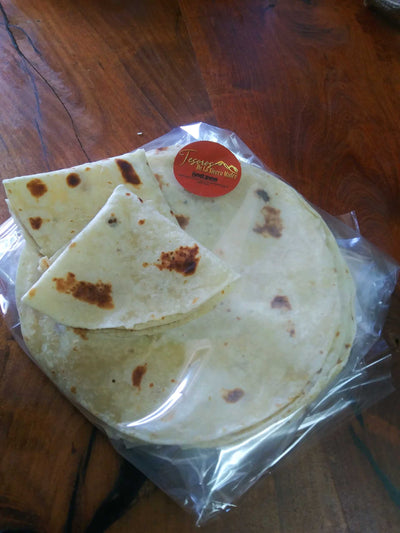- TeSoros De La Sierra 15 Tortillas, 1 Chiltepin Bag and Cutting Board (+ Free Delivery in Nogales, Rio Rico Tubac Green Valley and Patagonia )