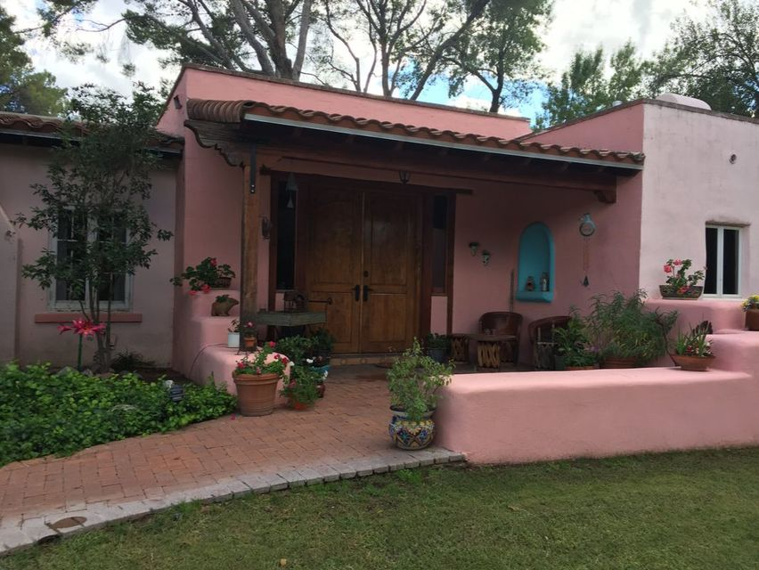 Now Available ! Save when you Book Online ! Casa Paloma Bed and Breakfast in Rio Rico Arizona