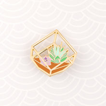 Load image into Gallery viewer, TERRA - Terrarium enamel pin - square