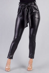 CHIC LEATHER PANTS