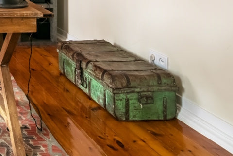 Antique Metal Suitcase in Green Patina - sos-casa-online-shop